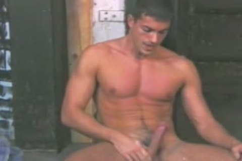 Smart And sleazy twink Tony love juicemings Masturbates And spreads arse