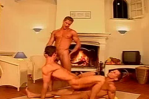 nasty Muscle threesome