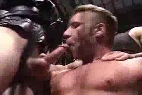 kinky Muscle three-some