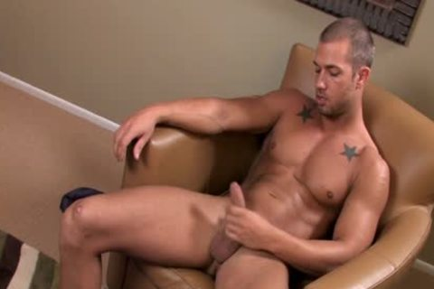 sexy Cruiser guy Jacks his nice Hard dick