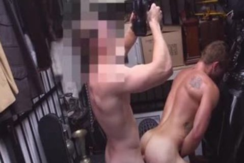 Musician Pawns howdys booty For Rent