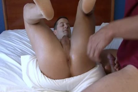 A Massage And Masturbation For His Boyfriend
