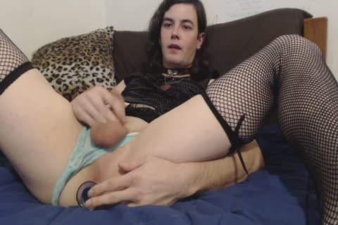 tgirl Stretch And sperm Licking