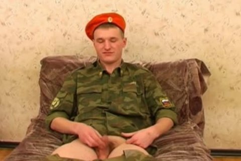 A young Army Lad Wanks Off Happily