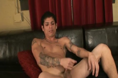 Anthony Has A big And sexy penis To have a enjoyment