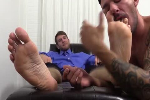 concupiscent Colby Jerks Hard 10-Pounder During Foot Worship From Johnny