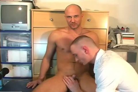Straight man receives Sucked By A man In Spite Of Him !(David)