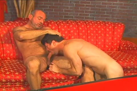 moist gay dude Muscle Mike hammers Patrick Ives