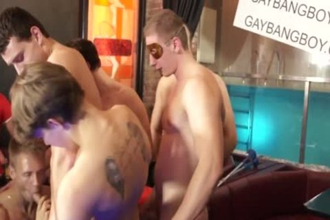 Euro Muscle Twunk dildos wazoo And Cocksucks In group-sex Party