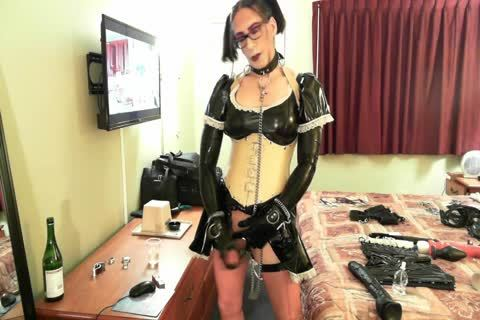 lusty Latex Sissy Maid
