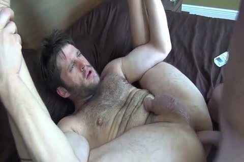 Cub Takes It unprotected On The bed