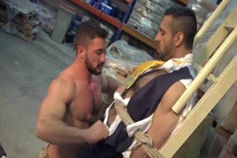 Muscle homosexual booty stab With cumshot