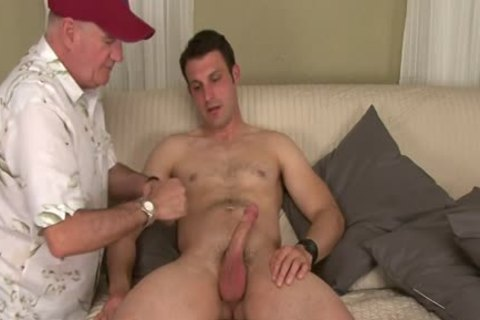 Straight Hunk Tricked Into Surprise oral-service job During audition