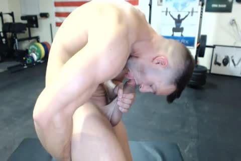 1-9 6 Muscle penis Cums On cam