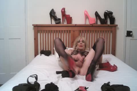 Cd Shows Many bizarre Heels And Cums