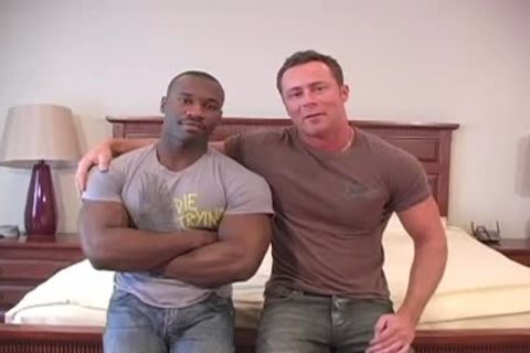 Marc Williams And Marco Paris Love To fuck