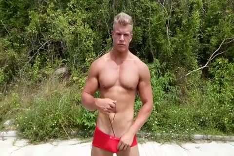 Alexander steel British Muscle lad - Pool And outdoors