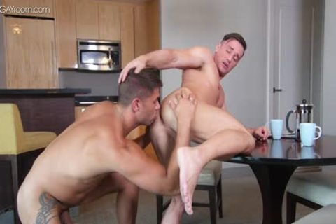 vigour Muscle Bottom Alexander Volkov acquires nailed By Tyler Roberts