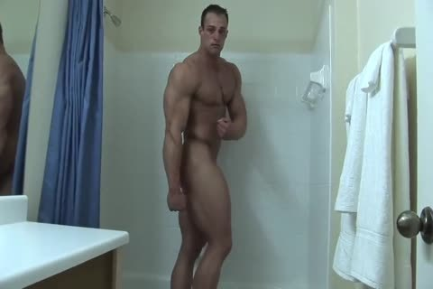 Coty disrobes nude In baths