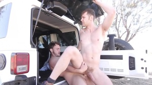 On The Run - Jacob Peterson with Trevor long butthole Hump