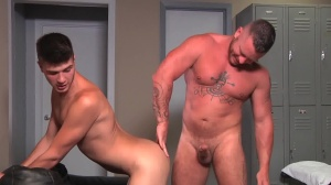 Daddy's Club - Charlie Harding, Justin Dean anal Nail