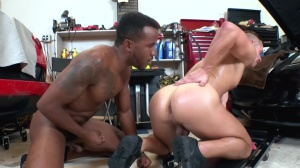 dudes In Public 34: Auto Body - African Action