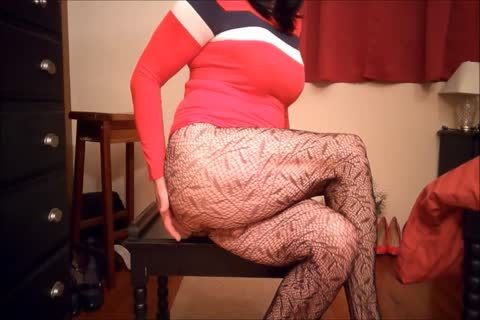 SL4UA Holly Cums Hard In Red suit Patterned nylons