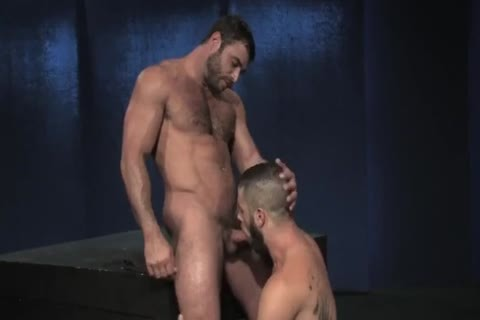 Mike Dozer hammering A Bearded Hunk Bottom