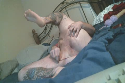 Harity fat Bear spreads pooper In thong pants Rides dildo