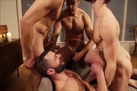 Four yummy Hunks bareback