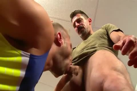 athletic trainer And Student suck -bang And Eat cum add Jamesxxx7xx