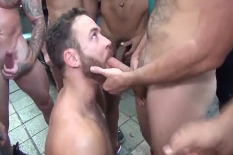 LOGAN MOORE bunch-sex PARTE 1