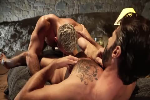 filthy Daddy bonks Bearded Son outdoors