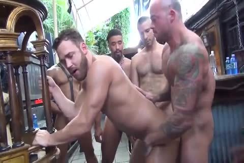 MusclePup Logan Moore Acquires bunch pounded Barebacked pound