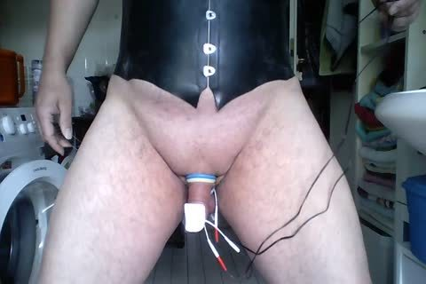 Oh What A good Game With Plug Rings And E Stimulation