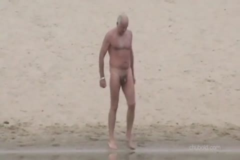 Spy older dudes And Grandpas Swimming nude