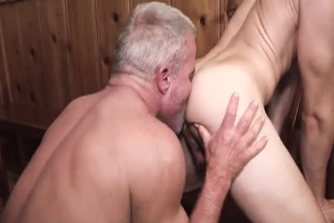 below The Table - Marcus Rivers, Dale Savage, Bar Addison &