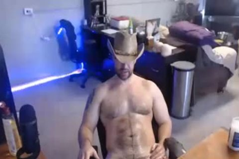 Muscle-fastened Cowboy wanking In Live