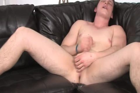 youthful man Struggling To get Hard During wank Session