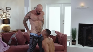 IconMale - Tattooed & pierced Zario Travezz getting facial