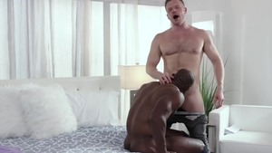 Noir Male - Muscled and shaved Brian Bonds rimjob