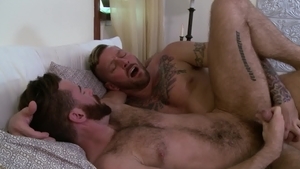 IconMale.com - Muscle and hairy Hugh Hunter masturbating