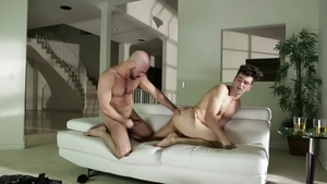 IconMale.com - Hairy Adam Russo with Andy Banks