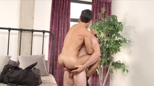 NextDoorRaw - Bareback rough sex & athletic gay Donte Thick