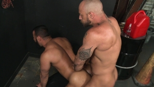 ExtraBigDicks.com: Jessie Colter pounded by gay Tony Orion