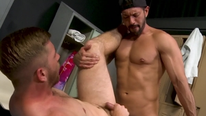 ExtraBigDicks: Scott Riley is really muscled gay