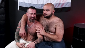 BearBack: Gay Ago Viera loves fucked by huge dick The Rhino