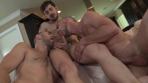 PrideStudios: Dean Monroe plowed by big penis Mario Costa