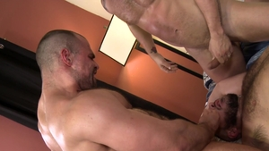 Pride Studios: Jaxx Thanatos in tandem with hairy Sean Harding