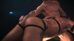 Hot House: Slurp gaping beside thick jock Tyler Roberts